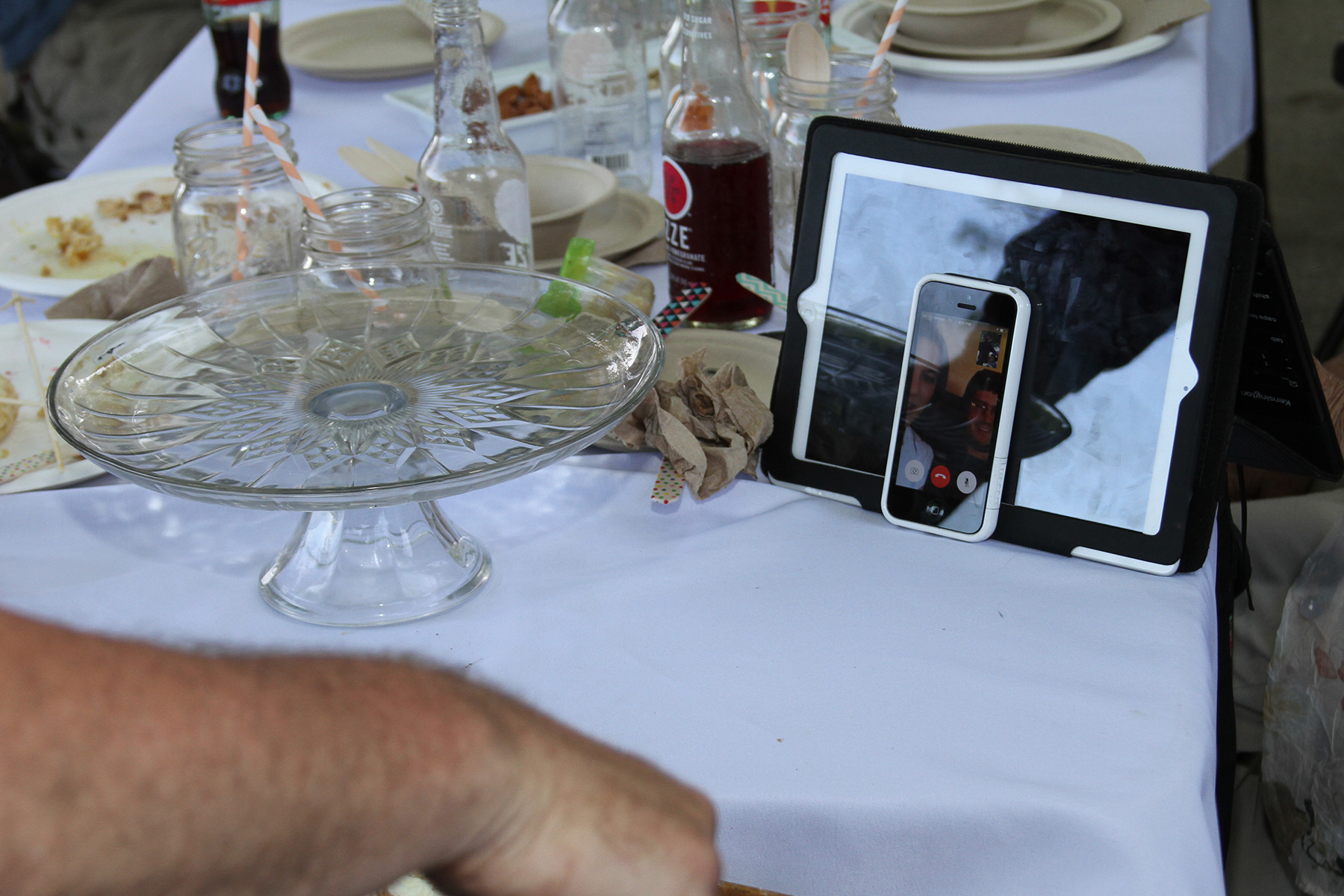 FaceTime with long distance relatives during a milestone birthday | thelovelylauralife.com