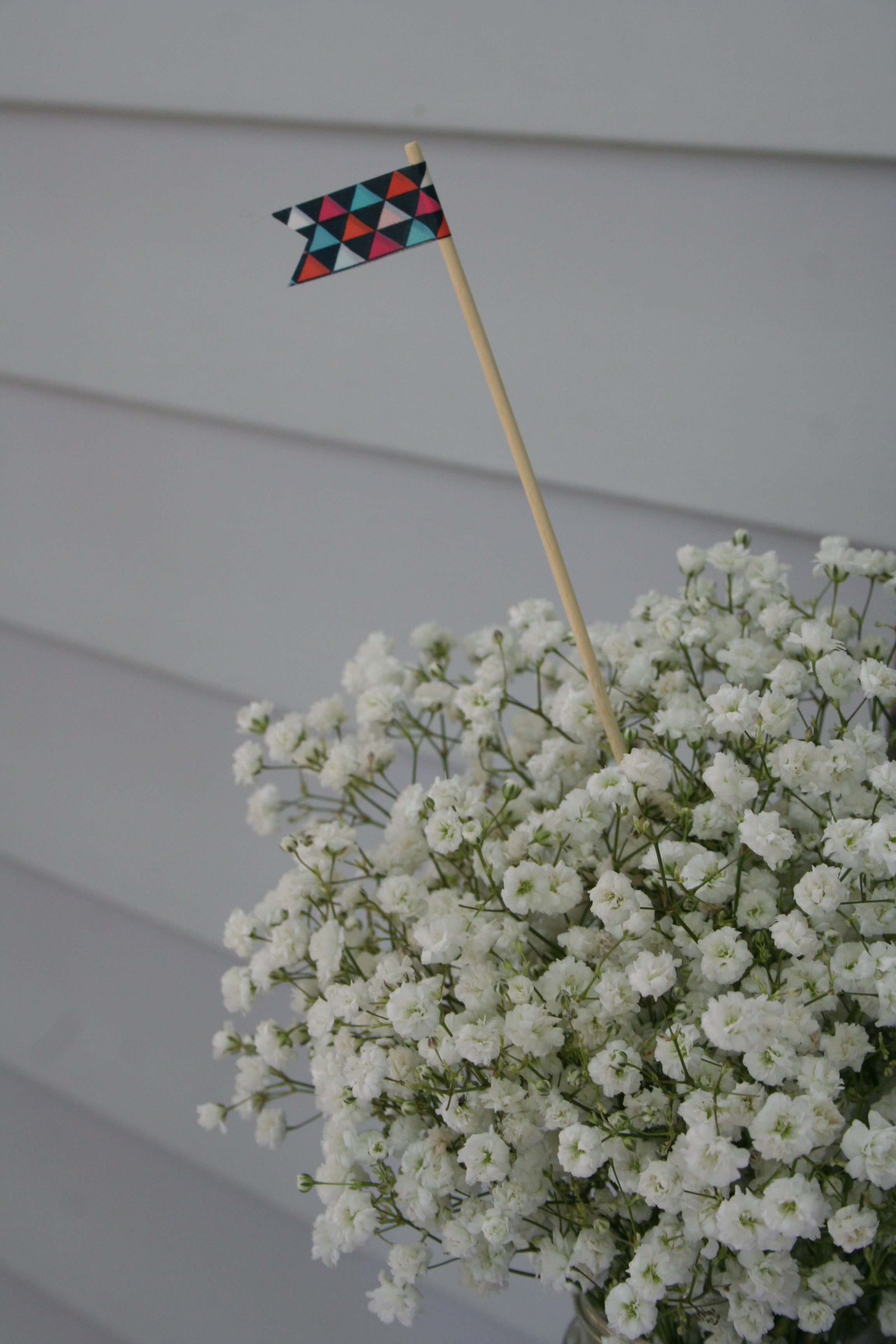 Flag decor for floral centerpieces made with washi tape and skewer stick | thelovelylauralife.com