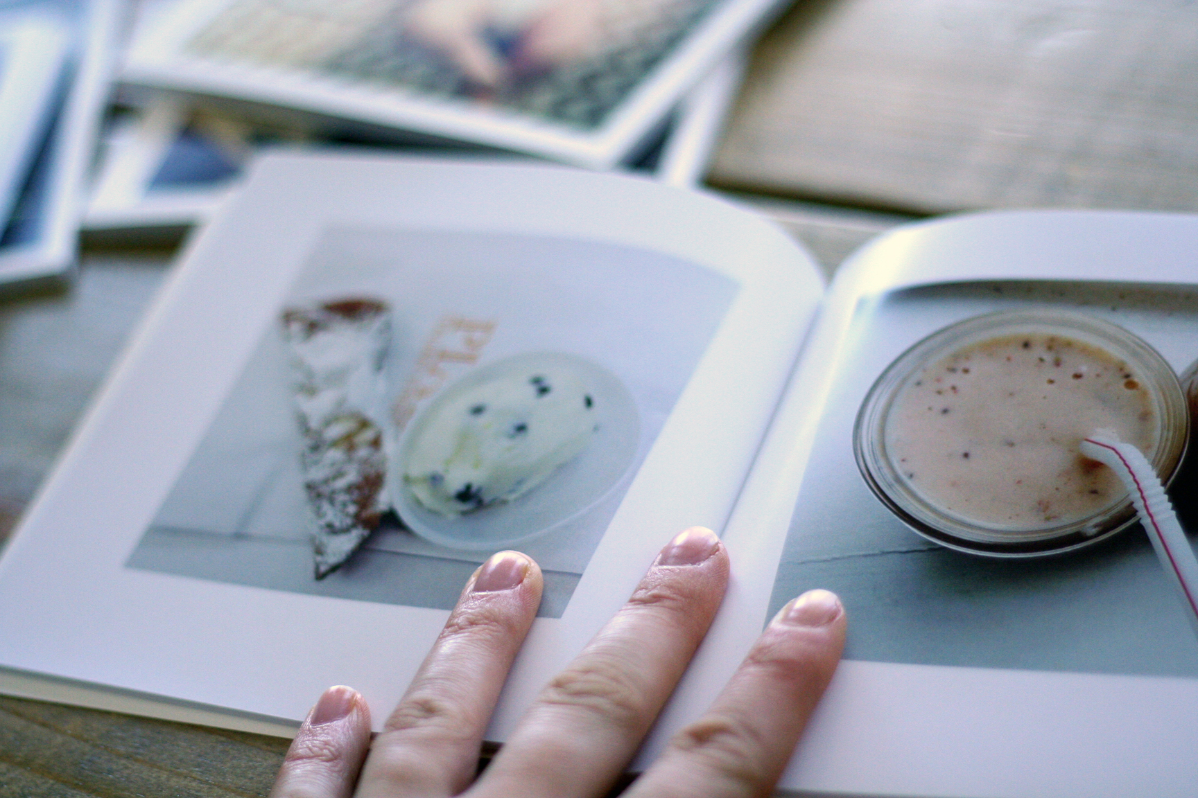 a lazy scrapbooker's dream - auto order Instagram photo books witch Chatbooks