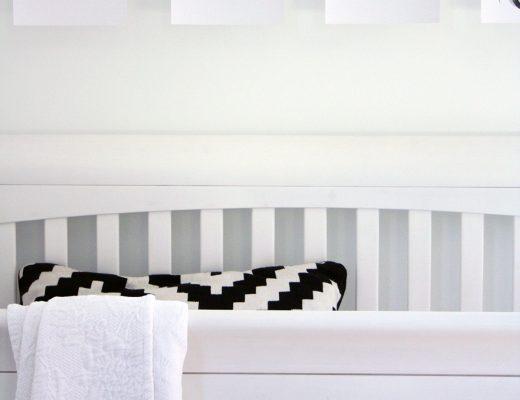 a minimal + neutral nursery via thelovelylauralife.com