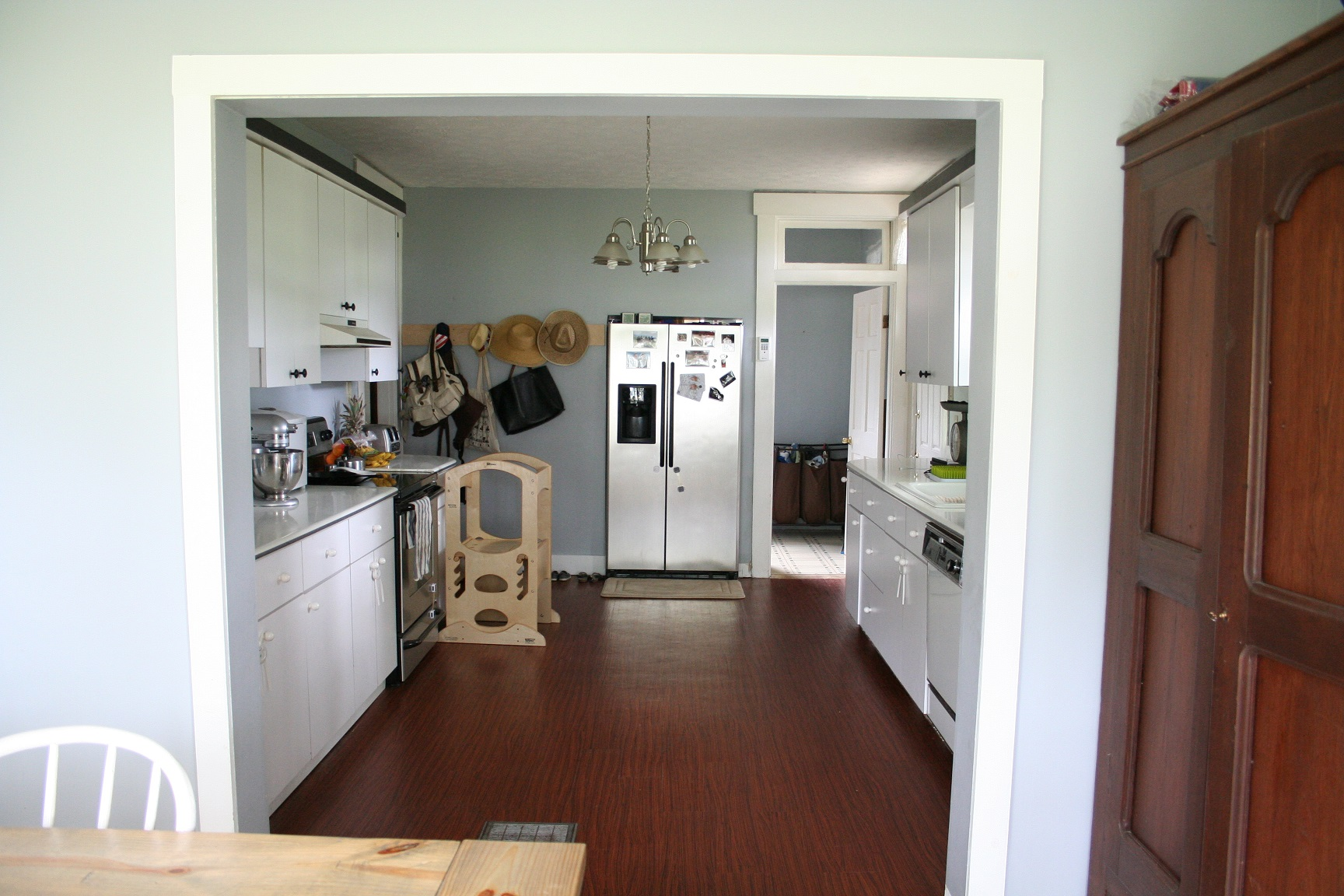 operation blanton farm, kitchen progress via thelovelylauralife.com (9)